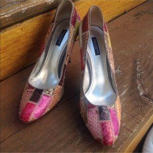 Dolce Gabbana Python Patch Heels Pumps Sz 39.5 9.5